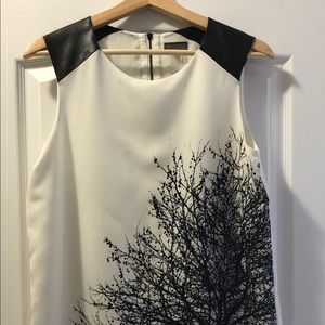 Sale ❤️ Vince CAMUTO black/white top sleeve detail